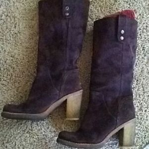 UGG Brown Suede Leather Boots